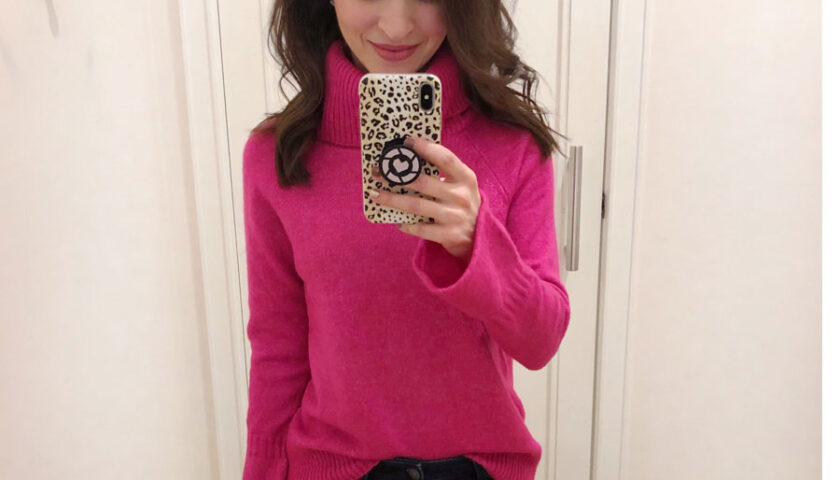 Turtle-neck-valentine-outfit