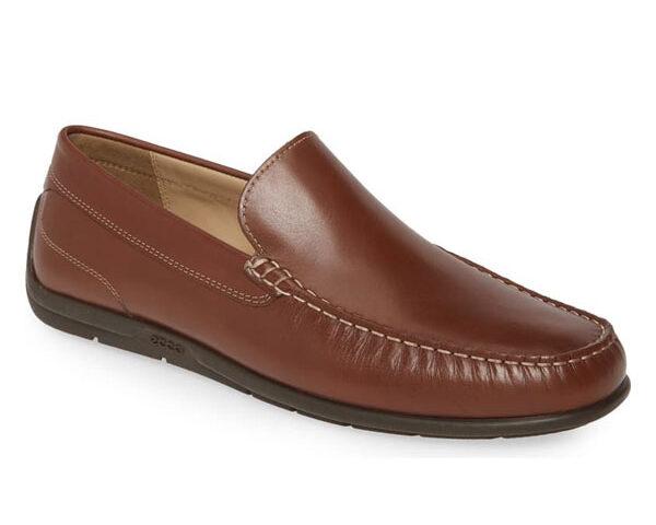Ecco-Classic-Moc-II-shoes-brand