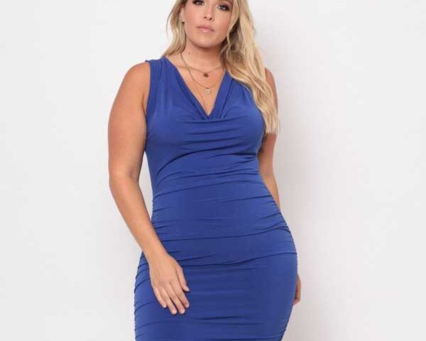Ruched-dress-for-plus-size